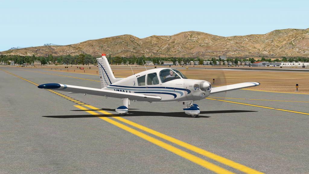 Cherokee140_C_Flying 1.jpg