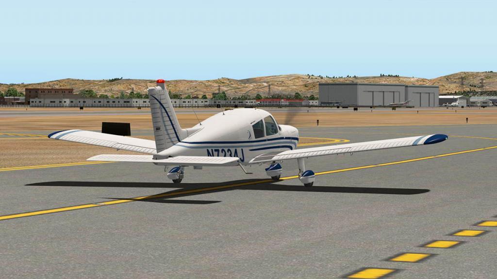 Cherokee140_C_Flying 4.jpg