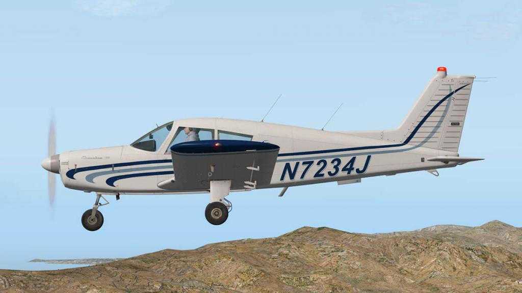 Cherokee140_C_Flying 16.jpg