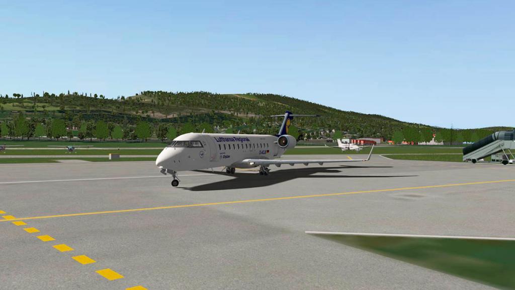 CRJ200_BSS_Flying 4.jpg