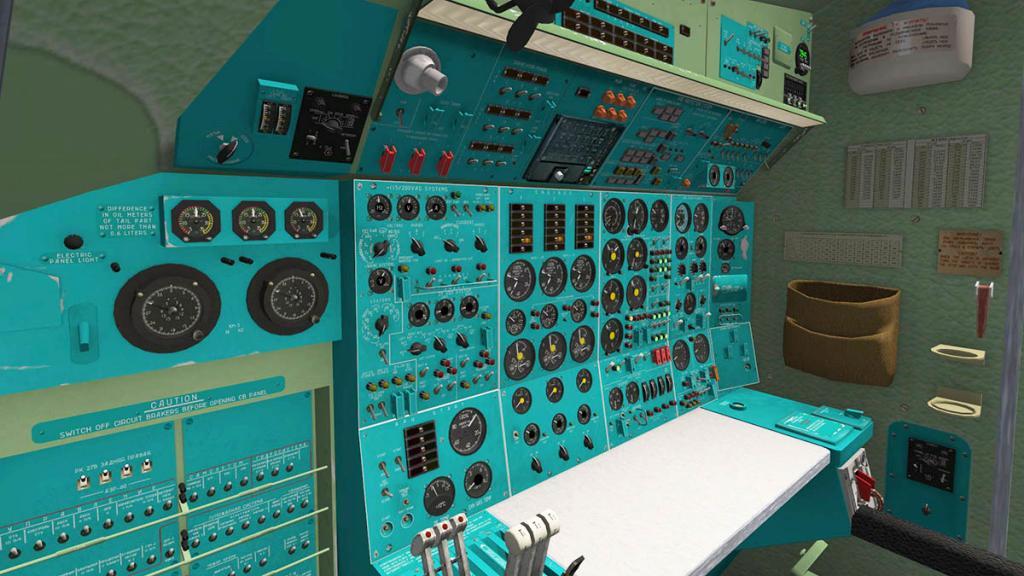 tu154_Cockpit 5.jpg