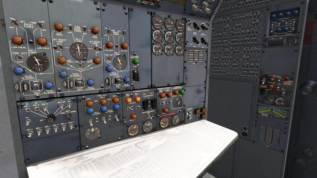 727-200Adv_Cockpit 11.jpg