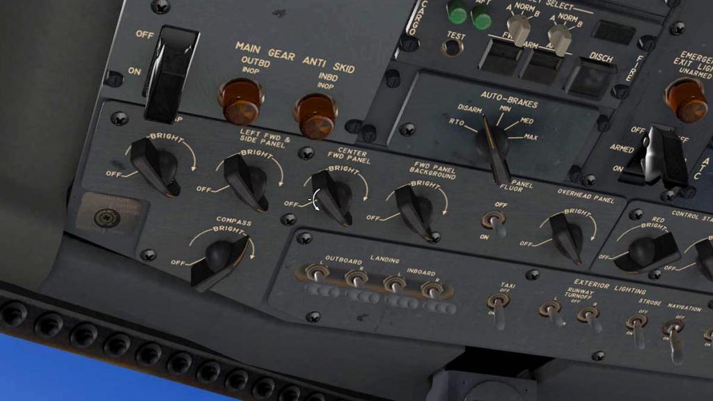 727-200Adv_Manip 1.jpg