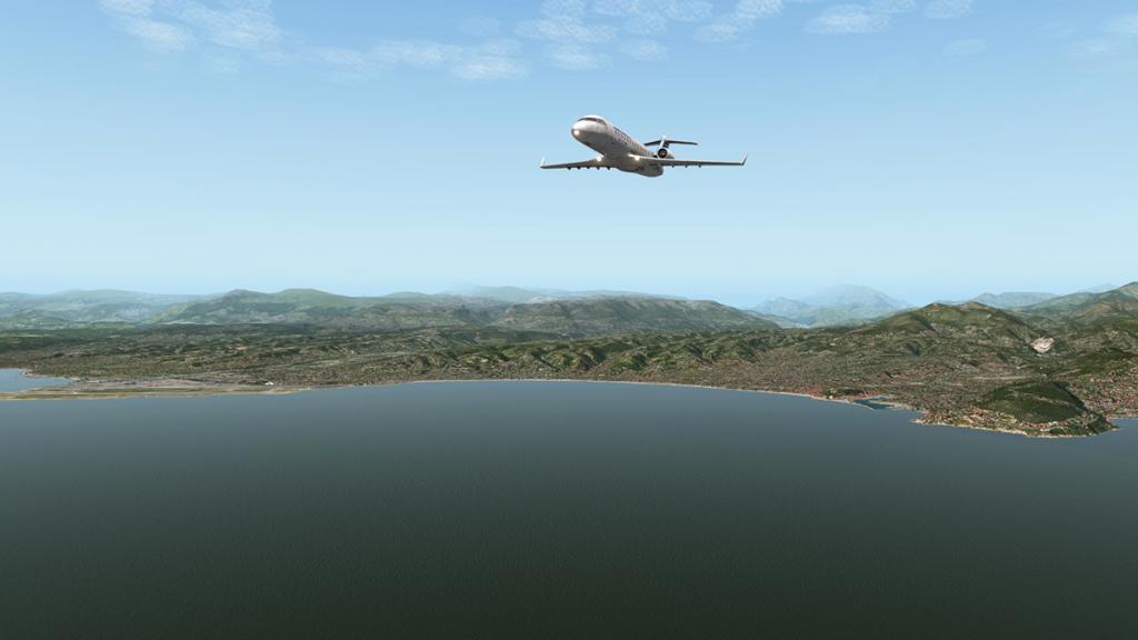 CRJ200_LFMN 9.jpg