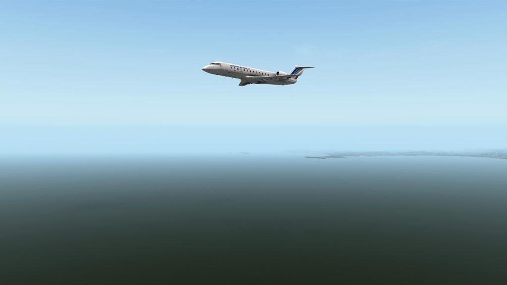 CRJ200_LFMN 10.jpg