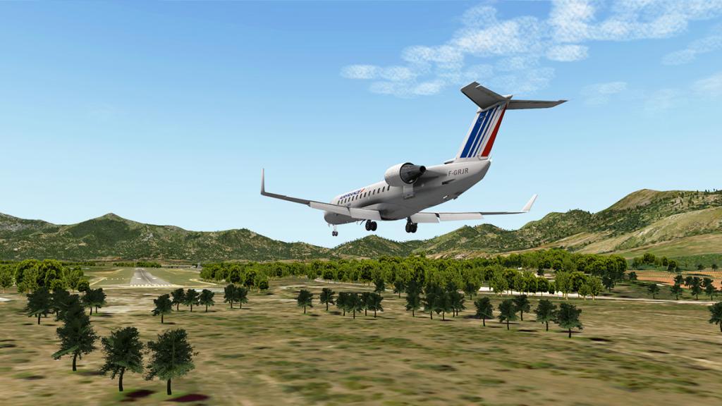 CRJ200_LFKC 5.jpg