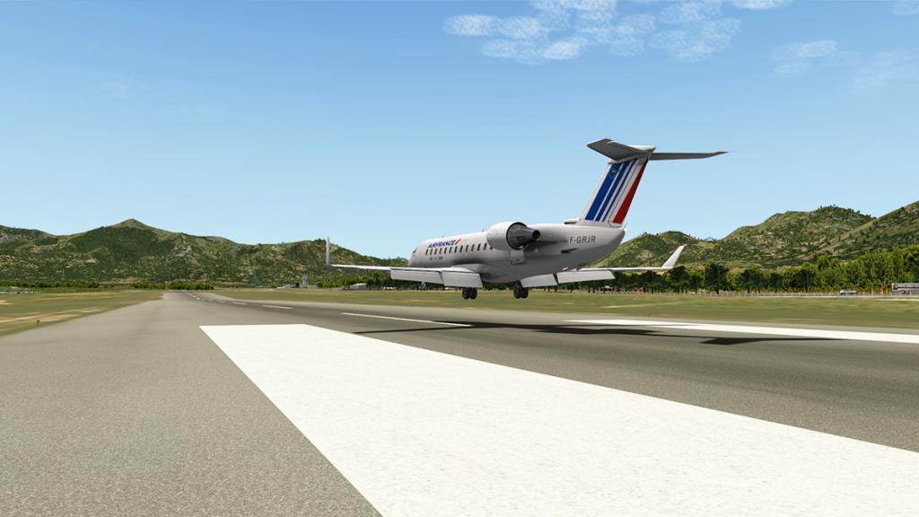 CRJ200_LFKC 7.jpg