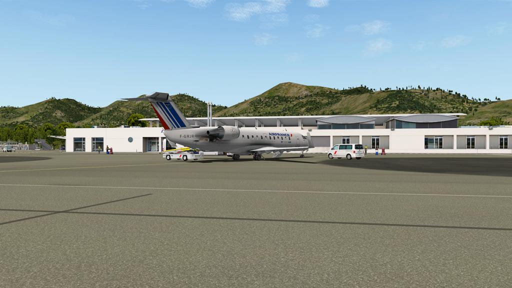 CRJ200_LFKC 11.jpg
