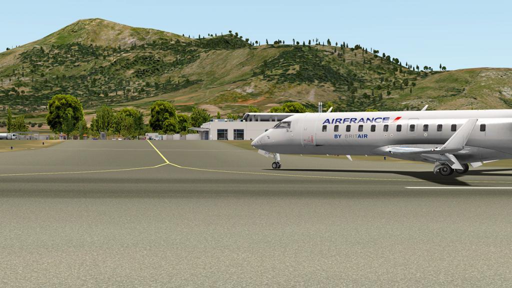 CRJ200_LFMN ramp.jpg