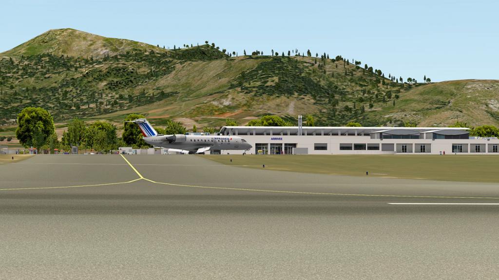 CRJ200_LFMN ramp 2.jpg