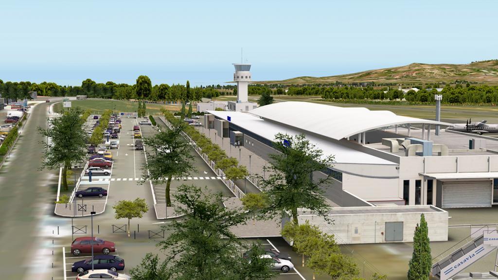 CRJ200_LFKC Terminal 3.jpg