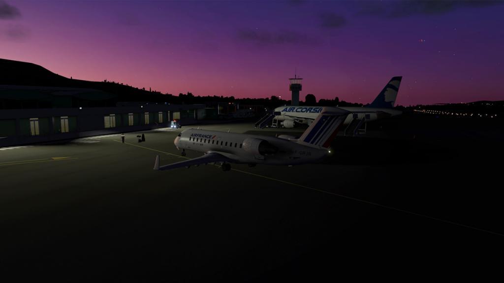 CRJ200_LFKC night -5.jpg