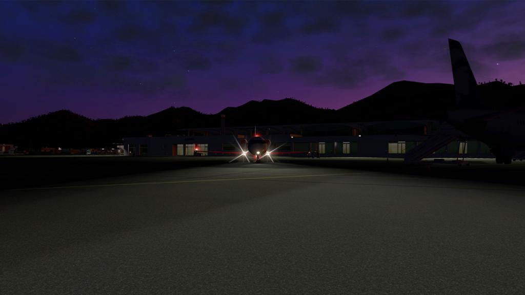 CRJ200_LFKC night -6.jpg