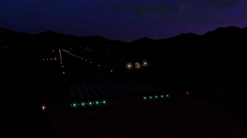 CRJ200_LFKC night -9.jpg