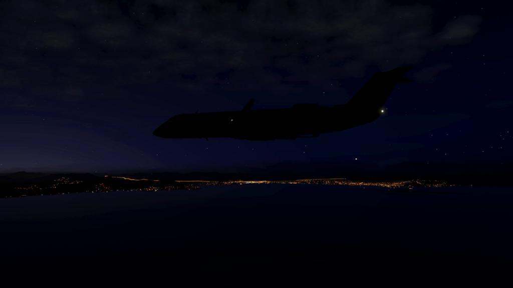 CRJ200_LFMN night -1.jpg