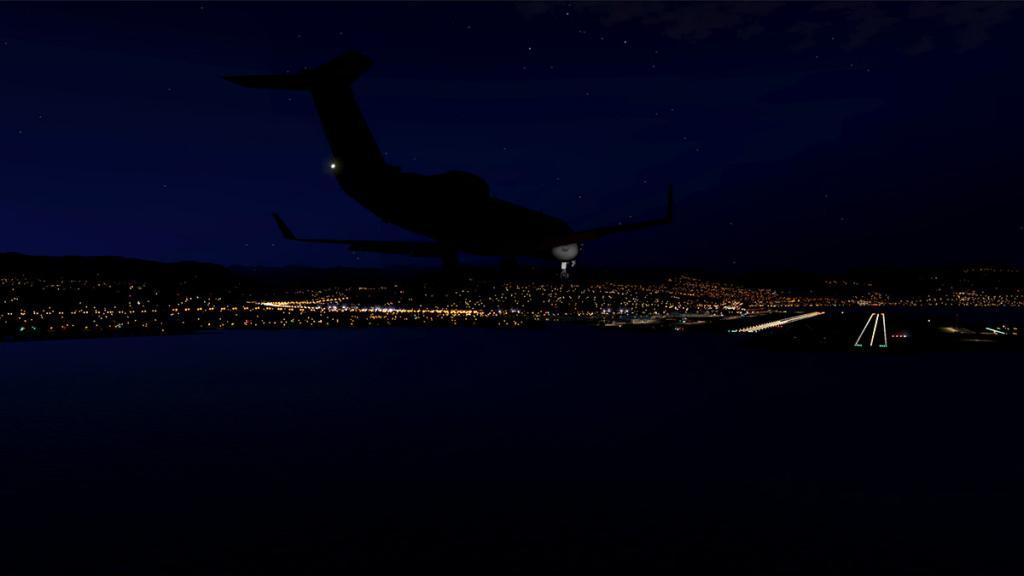CRJ200_LFMN night -3.jpg
