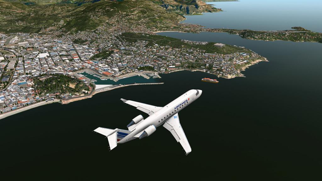 CRJ200_LFMN OSM 3.jpg