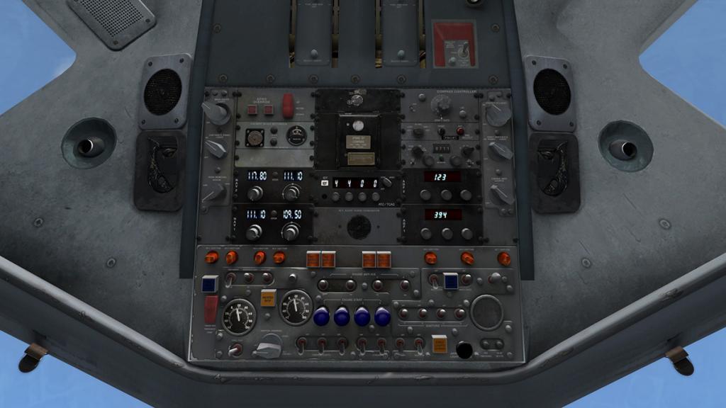DC-8-Cockpit 8.jpg