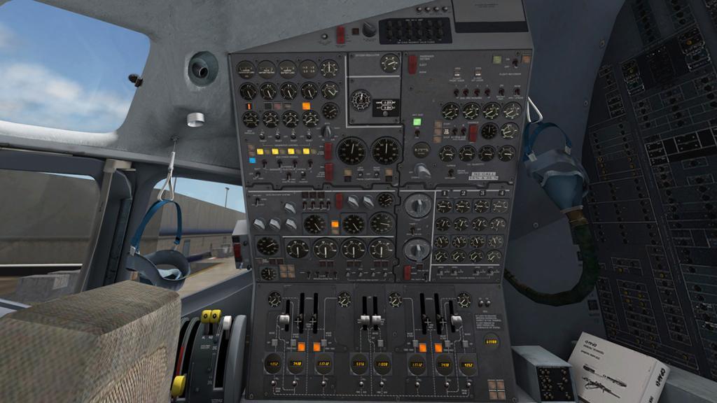 DC-8-Cockpit 9.jpg