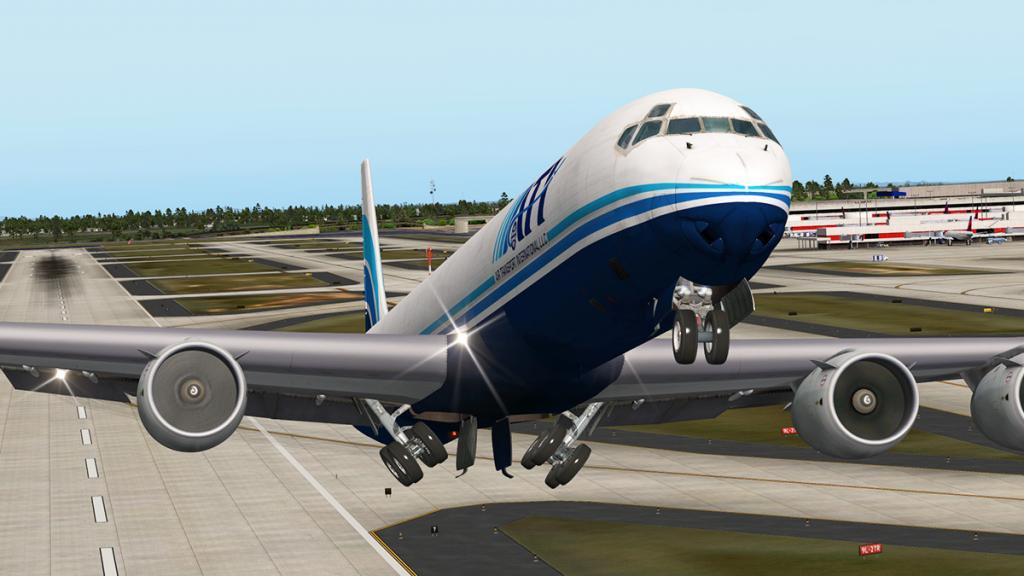 DC-8-71F_Takeoff LG 3.jpg