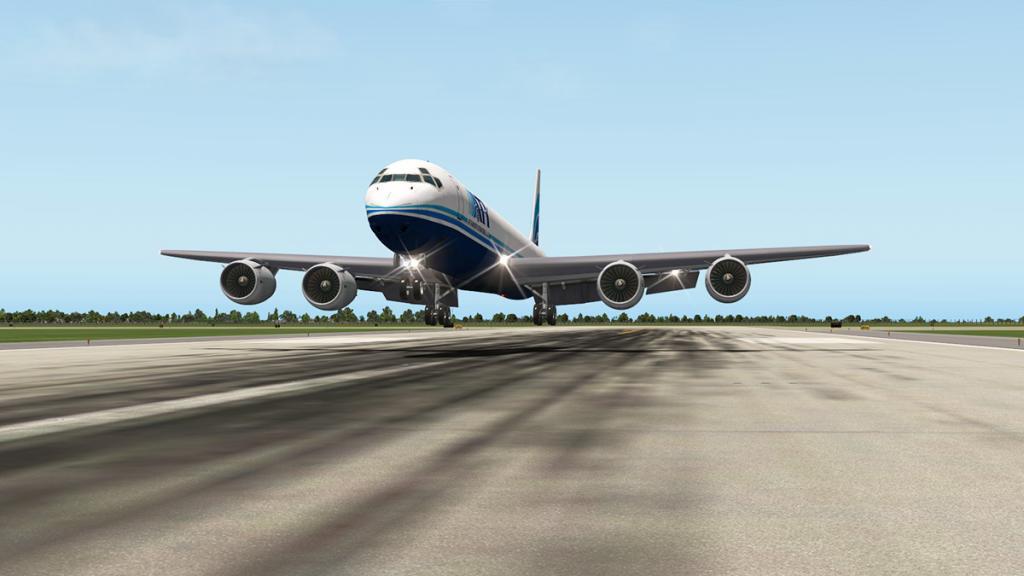 DC-8-71F_Landing LG 9.jpg