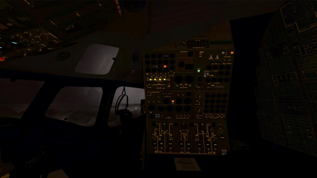 DC-8-71F_Lighting 4.jpg