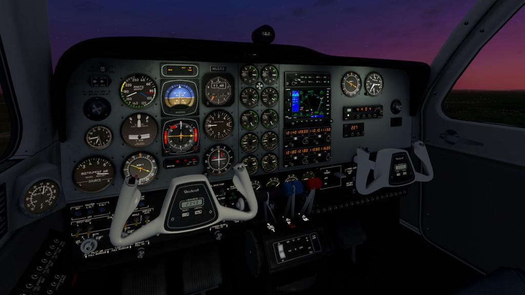 Baron_58_Cockpit 2.jpg