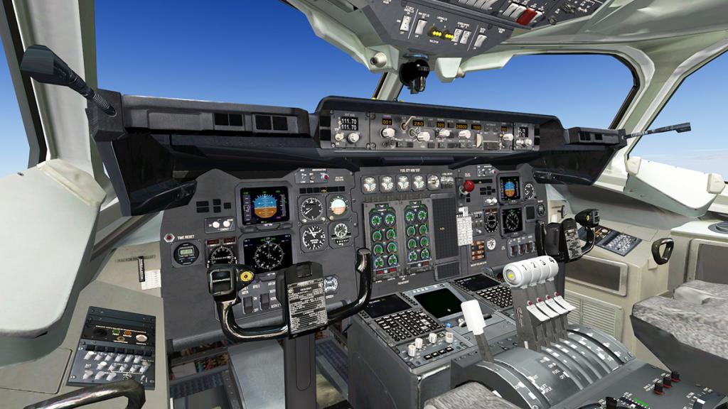 AvroRJ100_3.jpg
