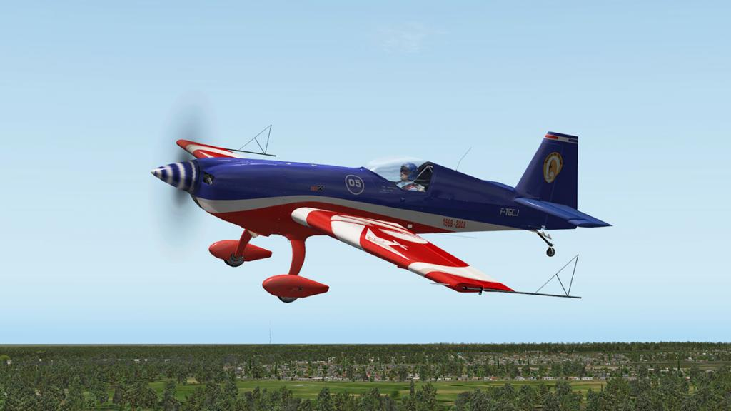 Extra330SC_Flying 7.jpg