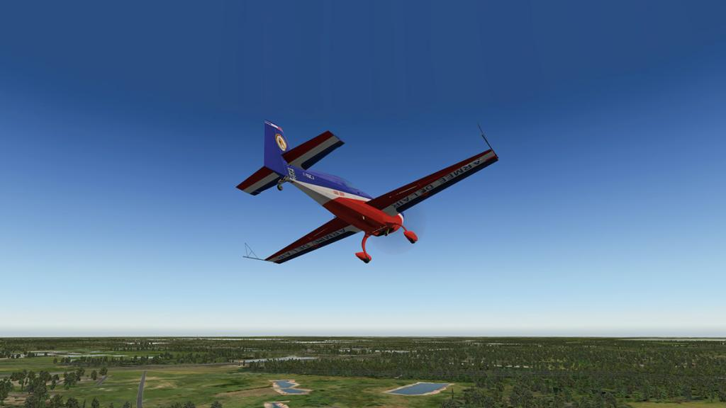 Extra330SC_Flying 15.jpg