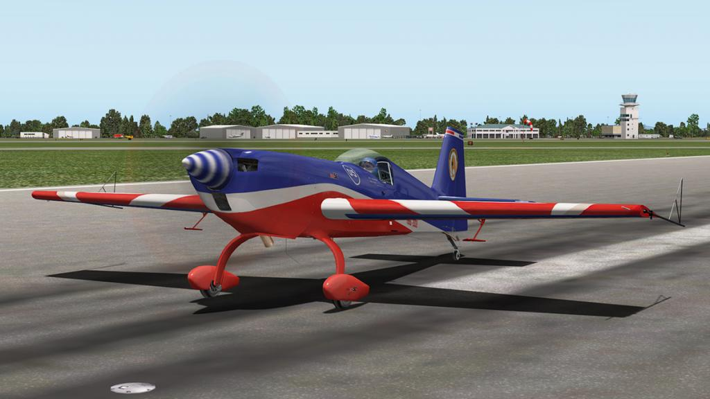 Extra330SC_Flying 14.jpg