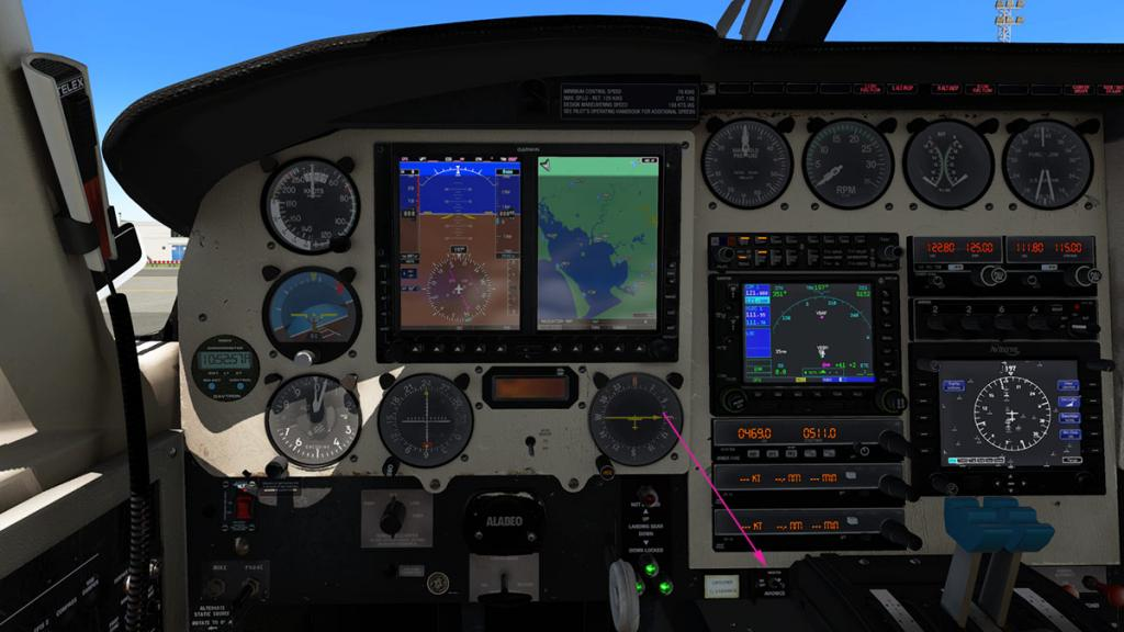 Alabeo_PA31_Chieftain_Cockpit 8.jpg