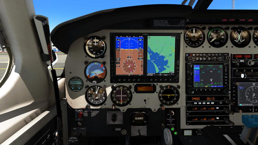 Alabeo_PA31_Chieftain_Cockpit 12.jpg