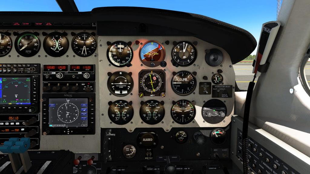 Alabeo_PA31_Chieftain_Cockpit 13.jpg
