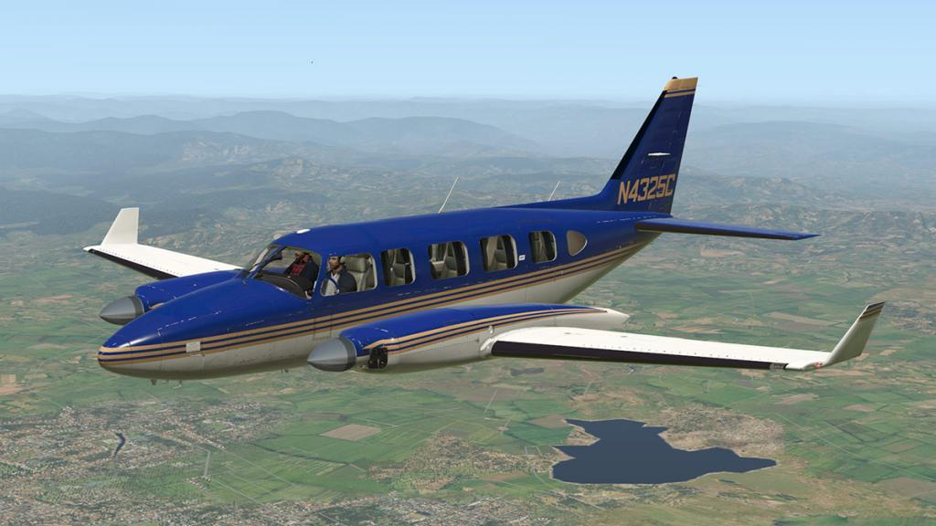 Alabeo_PA31_Chieftain_Livery Dk Blue_Gold stripe.jpg