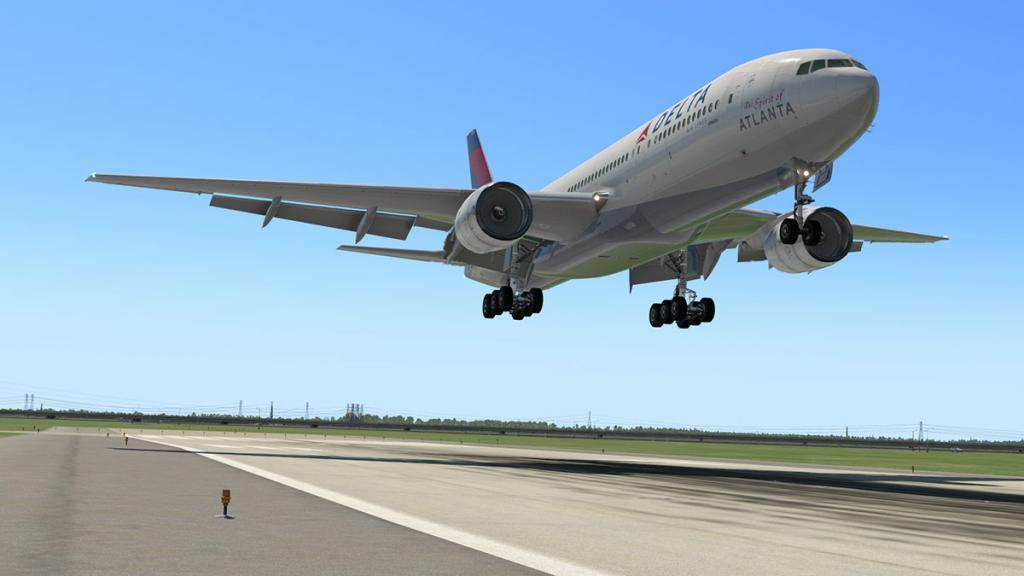 777-200ER_195 Land 2.jpg