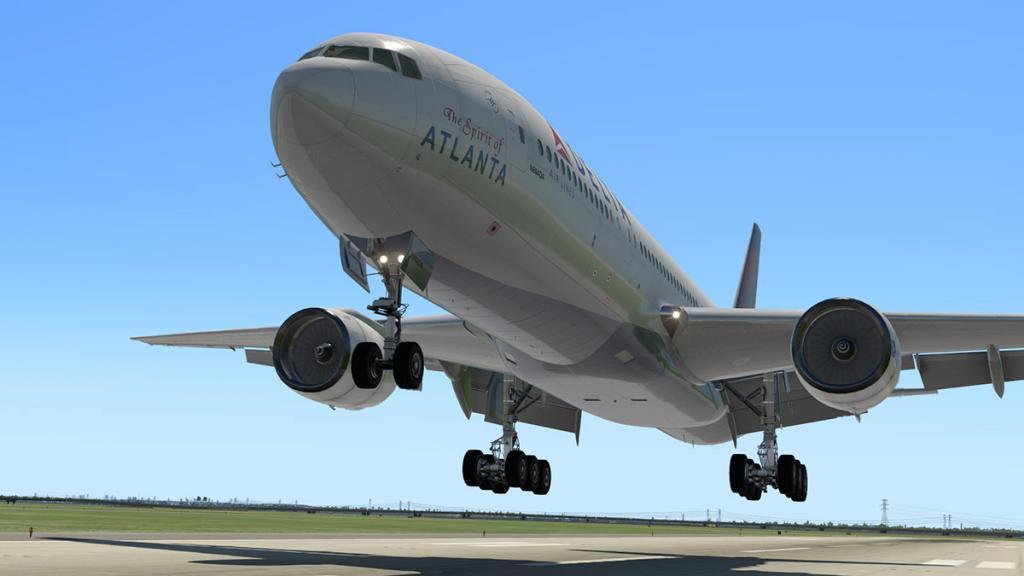 777-200ER_195 Land 3.jpg