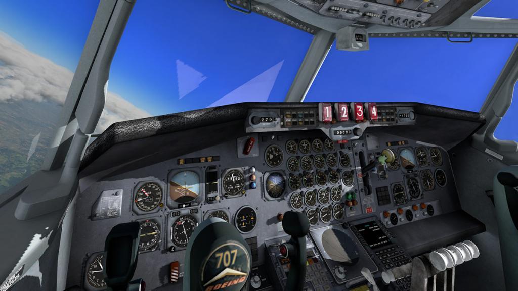 707-320_Cockpit 1.jpg