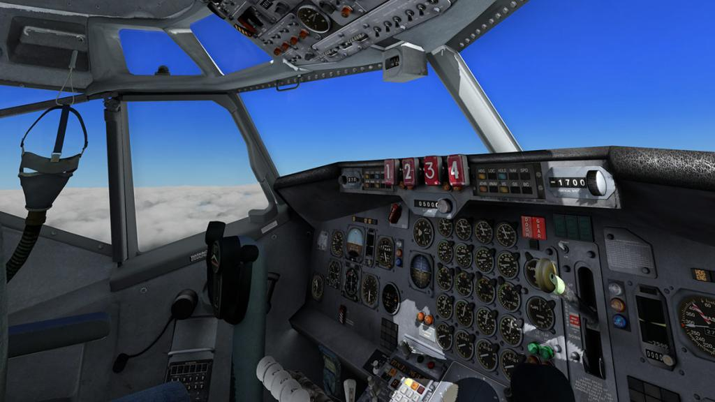 707-320_Cockpit 3.jpg