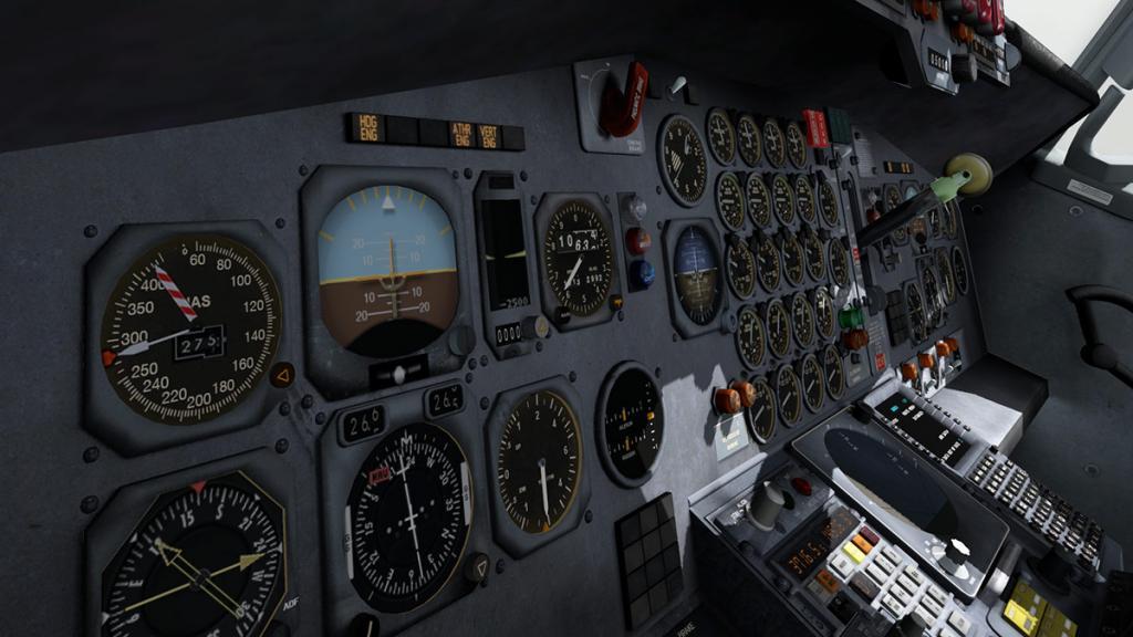 707-320_Cockpit 4.jpg