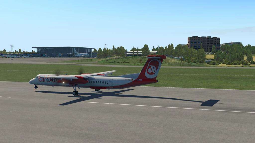 ELLX - LUX Arrival 12.jpg