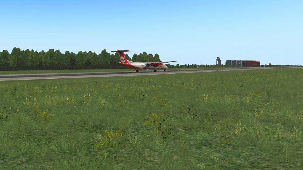ELLX - LUX Arrival 13.jpg