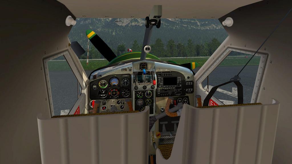 DHC-2 Cabin 1.jpg