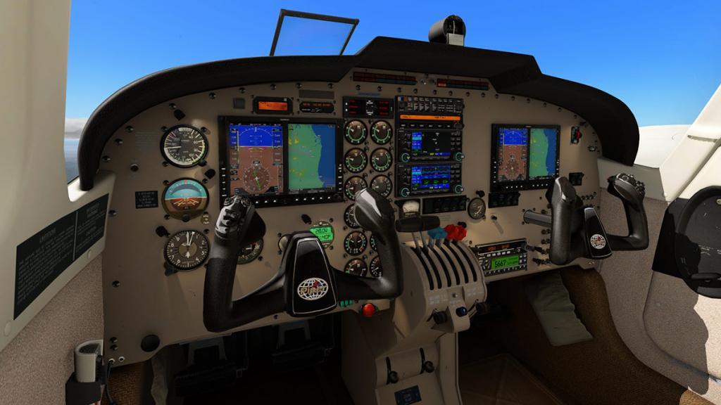 PA_34_Seneca_V_Cockpit 1.jpg
