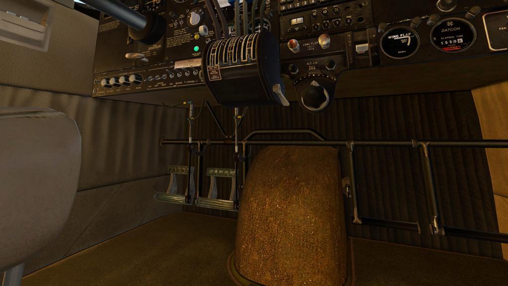 TwinComanche_Cabin 5.jpg