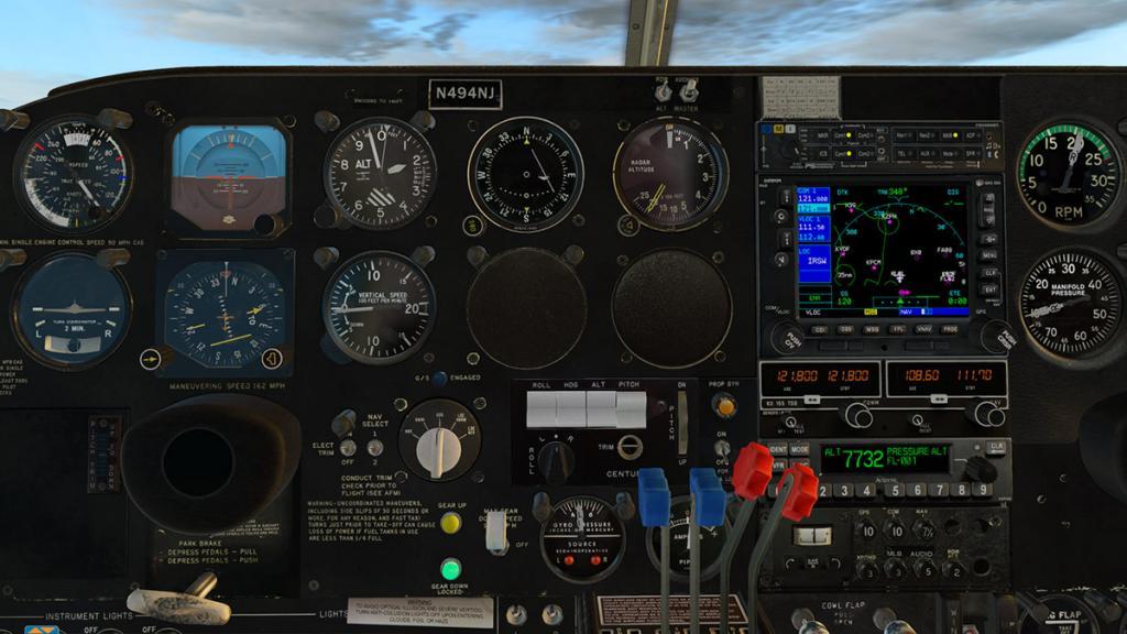 TwinComanche_Autopilot 3.jpg