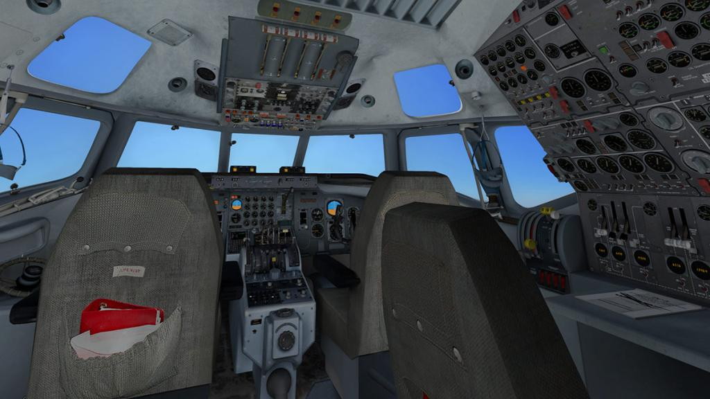 DC-8-71F_Internal 2.jpg