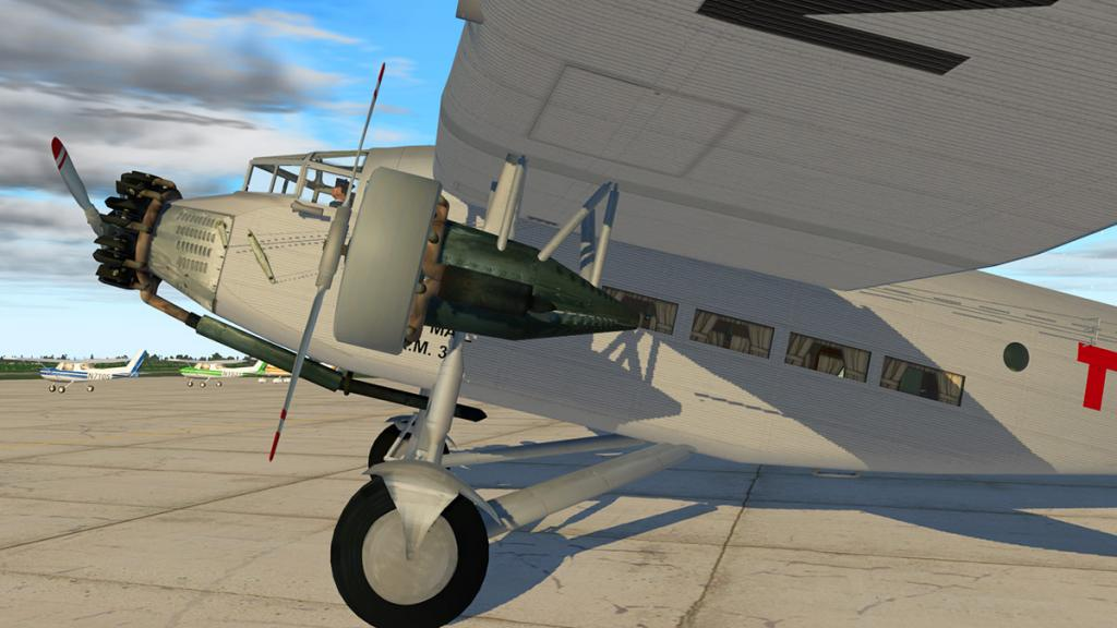 Ford_Tri_motor_5AT_Ground 12.jpg