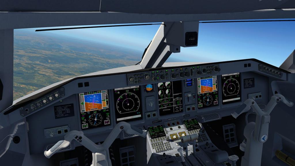 E195_v2.2 Internal 3.jpg