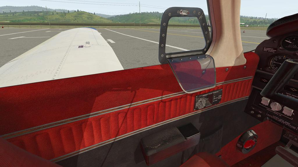 JF_PA28_Arrow_Cabin 9.jpg